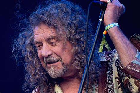 Listen to Robert Plant's Rare Solo Performance of Led
