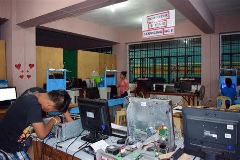 45 Calolbonganons complete TESDA's Computer Systems