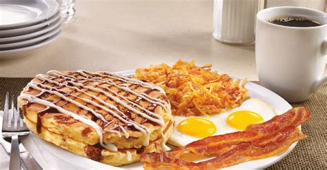 Denny's new pancakes boost sales | Nation's Restaurant News